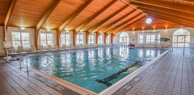 Indoor Pool (CLOSED DUE TO COVID)